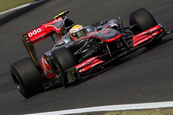 Lewis Hamilton a 2010-es Magyar nagydíjon a kiesése előtt